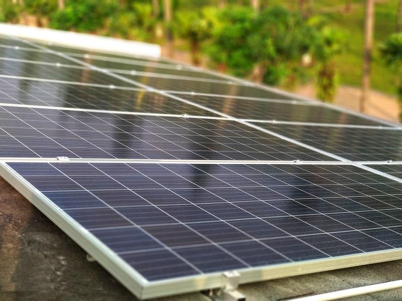 Mô hình điện năng lượng mặt trời dùng cho hộ gia đình